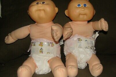 2 Cabbage patch dolls  played with nice condition