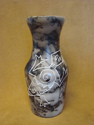Acoma Indian Pottery Hand Etched Horse Hair Lizard Vase! Gary Yellow Corn