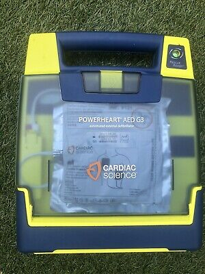 Ambulance Paramedic First Aid Cardiac Science G3 AED With Pads And Battery