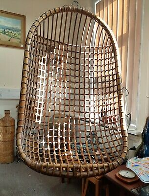 Mid-Century Retro Wicker Hanging Egg Chair Ceiling Hanger basket Good Condition