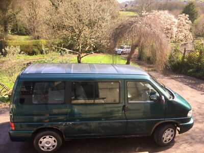 T4 Caravelle, for spares or repair 2.5l auto. NO RESERVE