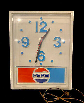 Vintage Pepsi-Cola Wall Clock Soda Pop Advertising Sign 120 VAC -1988