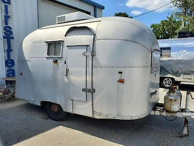 Airstream Vintage Very Rare Pacer 1960..Original..great Cond..straight Body Cute