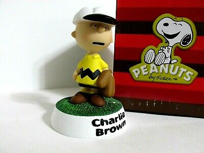 Snoopy Peanuts Charlie Brown Westland Giftware Figure Figurine 2000