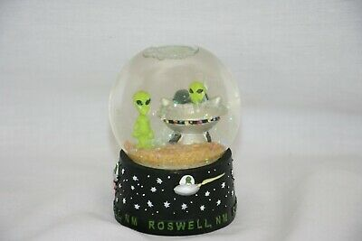 "Roswell New Mexico - Snow Globe - Approx 3"" x 2"" - Aliens - UFO's"