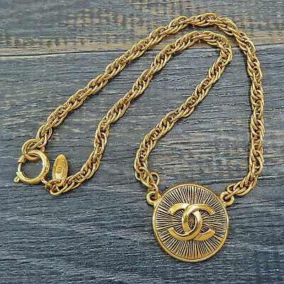 CHANEL Gold Plated CC Logos Charm Vintage Chain Necklace Pendant #5763a Rise-on