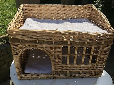 Wicker woven cat dog pet 2 tier basket house den bed & cushions