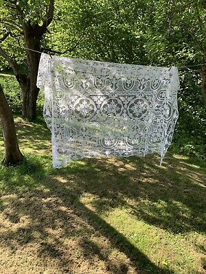 Stunning Vintage White Cotton All Lace Tablecover /throw Window Dressing Wedding
