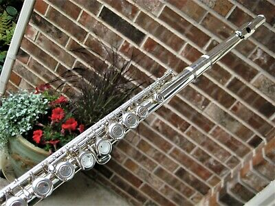 Clean/Fully Adjusted Yamaha Silver Plated Flute YFL221  Made in Japan