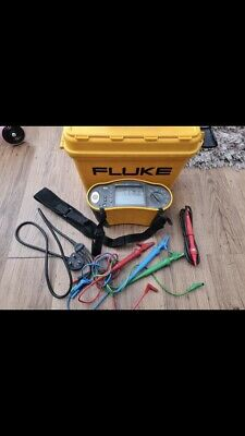 Fluke 1652 multi function tester with case and leads