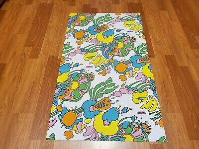 RARE Vintage Mid Century retro 70s 60s Peter Max bright floral small fabric! WOW