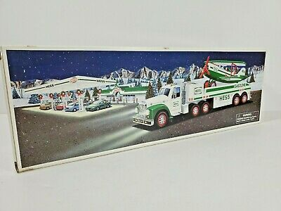 Hess Toy Truck And Airplane 2002 NIB Real Lights Motorized Airplane