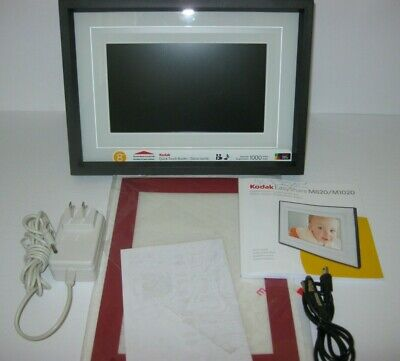 """Kodak Easy Share Digital Picture Frame M820 8"""" with Box"""