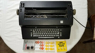 Working IBM Correcting Selectric II - black