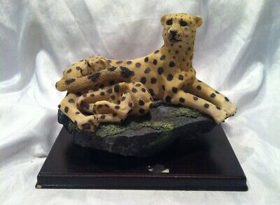 Pre-owned Beautiful Collectible Snow Leopard & Cub Figurine On Wood Base No Box