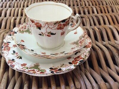 Beautiful Vintage W.H & S Clifton China Trio CUBA design