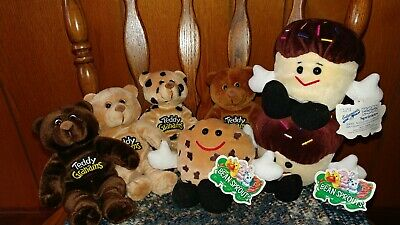 Teddy Grahams and Entenmann's Plush Beanies