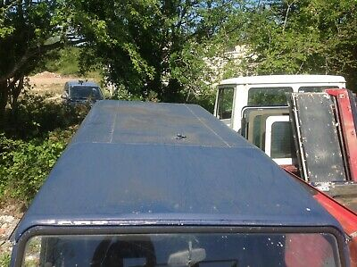 LandRover Defender 110 - Smooth roof with no windows