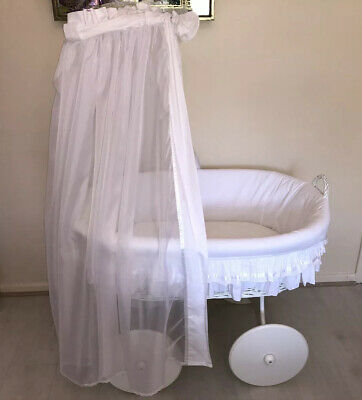 MJ Mark Wicker Crib Moses Basket Lulu White (Cot Bed) with Snuggle Pod