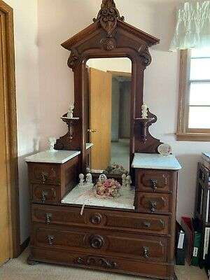 Antique 3/4 Bed with Dresser