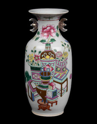 China 19. Jh Qing - A Chinese Famille Rose Porcelain Vase - Vase Cinese Chinois