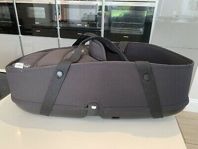 Excellent Condition Black bugaboo bee 3 carrycot