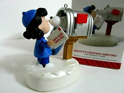Snoopy Peanuts Charlie Brown Hallmark Christmas Ornament Sound Motion  2014