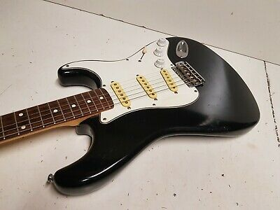 1985 SQUIER by FENDER STRATOCASTER - post JV SERIES / JAPAN