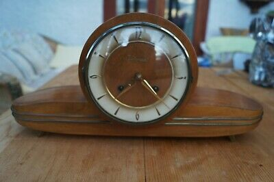 Small 1960's JUNGHANS loudspeaker mantel clock.SEE VIDEO
