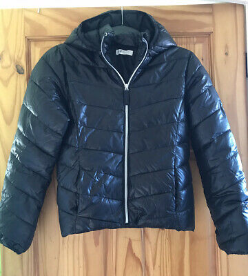 H&M Girls Age 11-12 Black Puffer Jacket Light Weight Padded Rarely Used