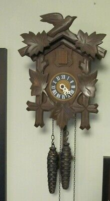 Black Forest Cookoo Clock That looks great, runs great, cookoo's great and keeps
