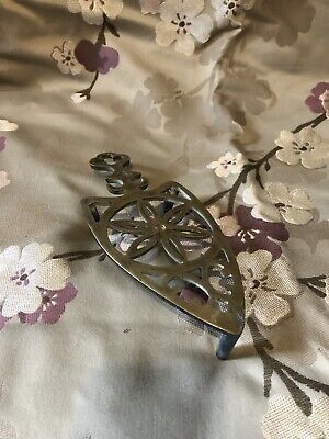 Antique Brass Iron Ironing Shaped Tripod Kettle Teapot Stand Trivet