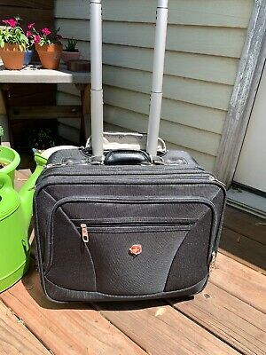 Wenger Swiss Gear The Patriot Rolling Travel Carry On Laptop Briefcase Bag 17""