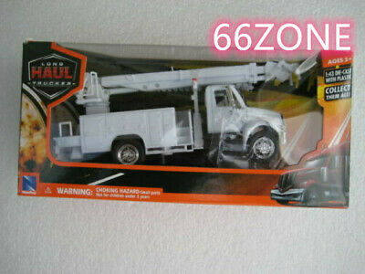 International 4200 Line Maintenance Truck 1:43 Scale White NEW RAY 15913 E