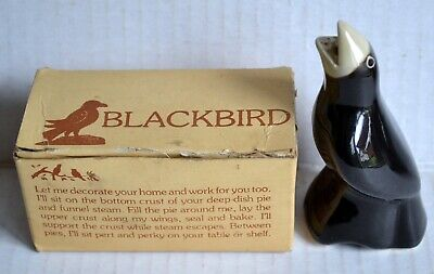 Deep-Dish PIE BIRD Baking Steam Funnel Ceramic Blackbird w/Box