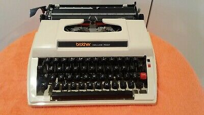 Brother Deluxe 700T Typewriter - Manual- no cover