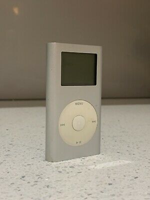 Apple iPod Mini 1st Generation, 4g,  MODEL A1051 Silver