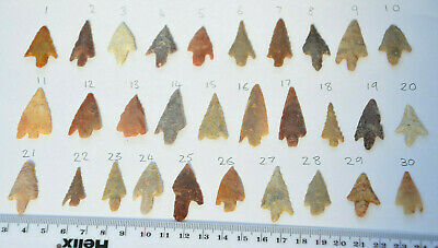 Beautiful Neolithic/ Stone Age/ Prehistoric Barbed And Stemmed Arrowheads