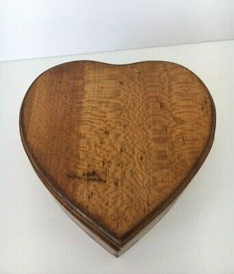 VINTAGE WOODEN HEART TRINKET BOX ~ Hinged, Decorative, Collectible