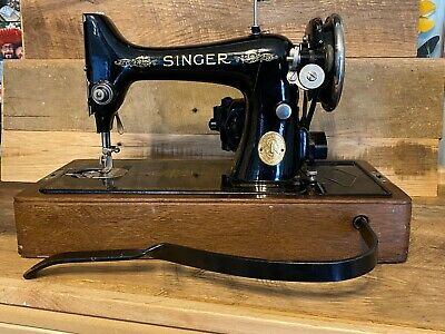 Vintage Singer Sewing Machine With Wood Case - Working Serial AD094115