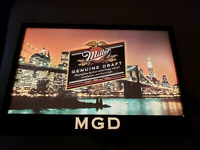 Miller Genuine Draft MGD Beer New York Brooklyn Bridge Motion Lighted Sign