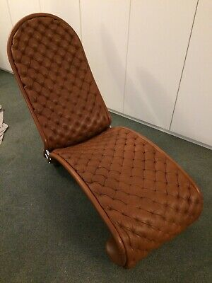 Chaise longue Verner Panton en cuir (lounge chair)