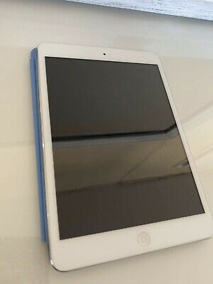 ipad mini 1st generation WiFi Only, Bundle Comes With Genuine Apple Case Cover.