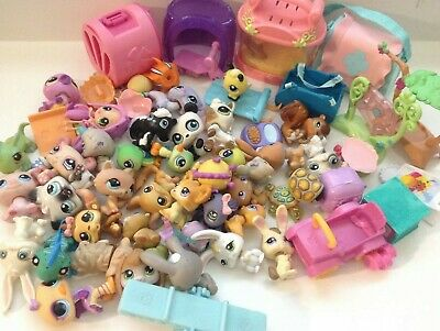 Littlest Pet Shop Lot 40 Pets Mixed Cat Dog Bunny Cases & Tons Of Accessories A0