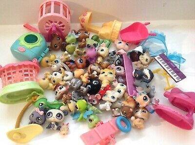 Littlest Pet Shop Lot 40 Pets Mixed Cat Dog Bunny Cases & Tons Of Accessories 4F