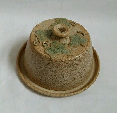 REDUCED ❀ڿڰۣ❀ STUDIO POTTERY Christmas TRAILING IVY CHEESE DISH & DOME Signed PP