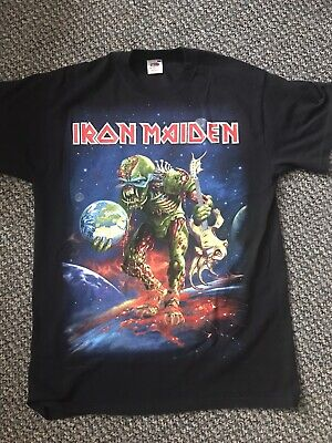 Iron Maiden Vintage M Rare The Final Frontier World Tour 2011 UK O2 T Shirt