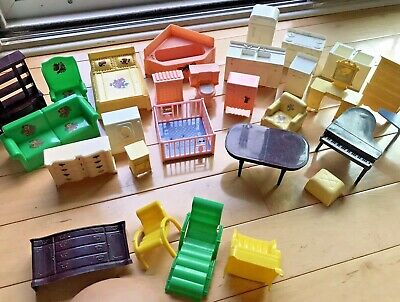 12 KAISER #1001 Miniature Dollhouse Doll House Stands fits Marx or Renwal