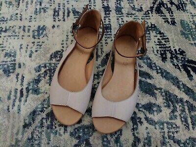 Bueno Buttery Cream Ankle Strap Flat Leather Sandals 38/ 7-8 Handmade in Turkey