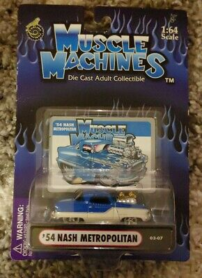 Muscle Machines /'54 1954 Nash Metropolitan Blue with White Tires Die-Cast 1//64